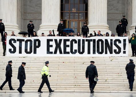 Anti-death penalty protestors at the Supreme Court